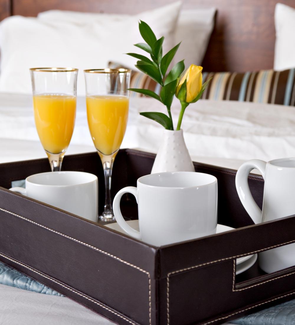 hotel reservation concierge services costa del sol kamilia lahbabi concierge