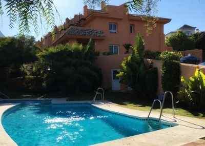 Semi-detached house for sale in Cabopino, Marbella