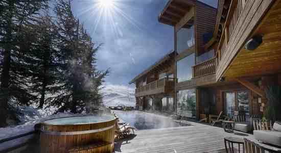 Discover luxury in Sierra Nevada